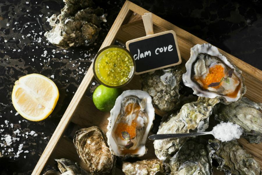 Oyster Extravaganza บุฟเฟต์หอยนางรม ที่โรงแรมเรเนซองส์ กรุงเทพฯ ราชประสงค์