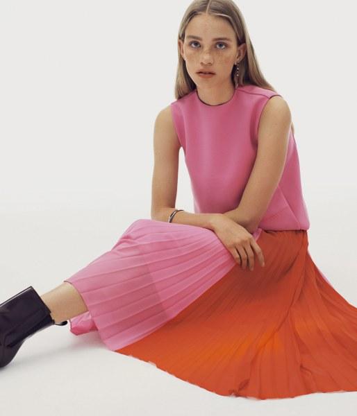 CK Calvin Klein SS 2020 ซีซั่นแห่งการเปลี่ยนแปลงไม่สิ้นสุด คงไว้ซึ่งความสมดุลระหว่างการทำงานและการเล่น
