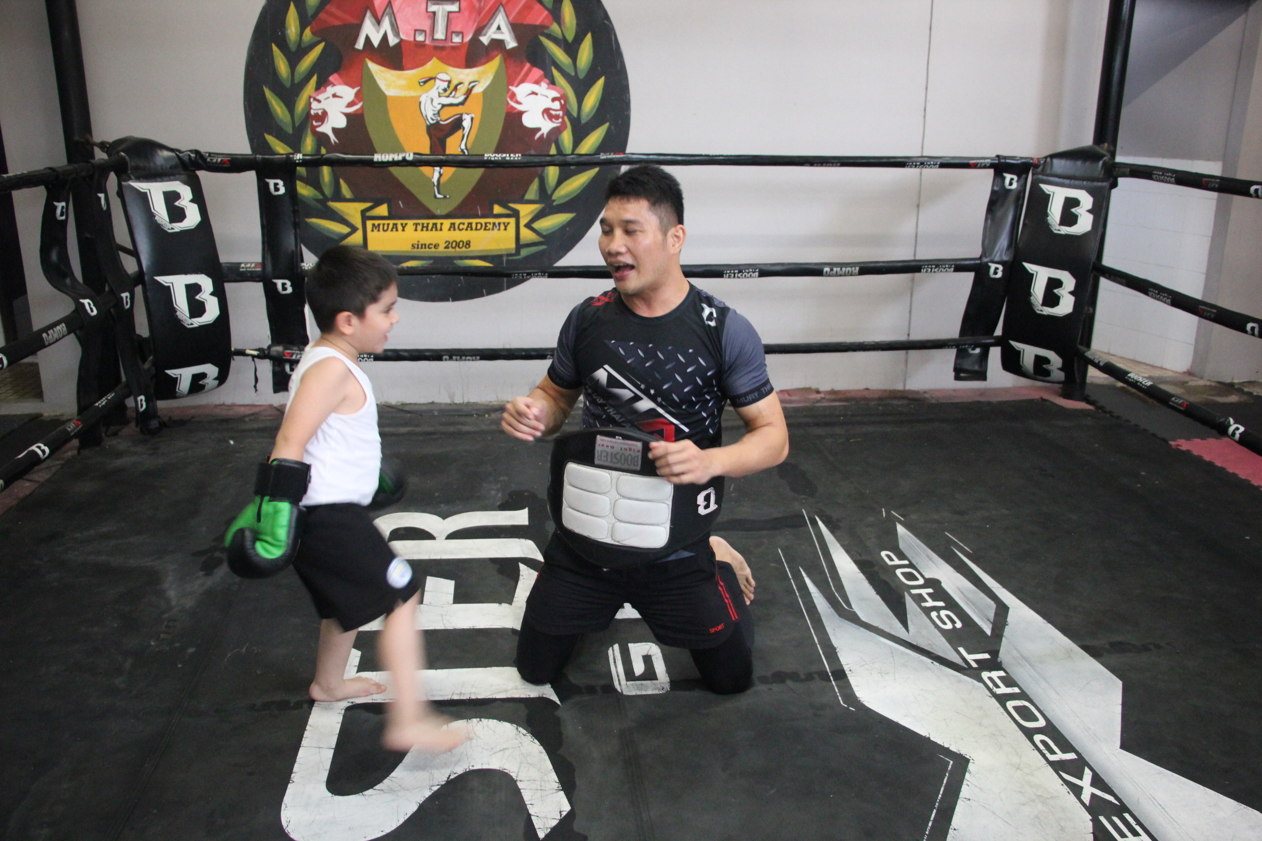 KIDS boxing training 1 month membership