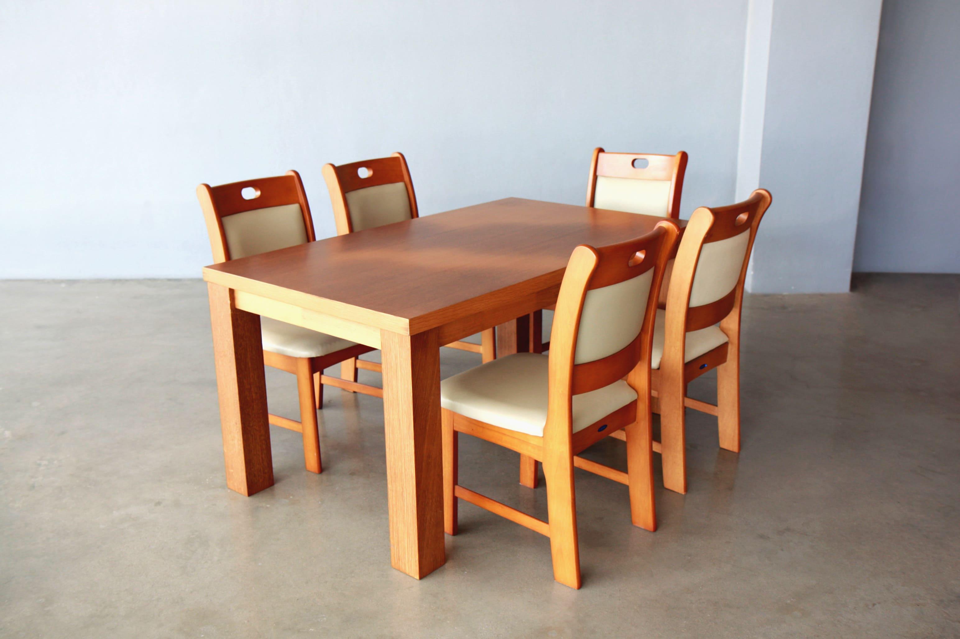 ชุดโต๊ะ TC028