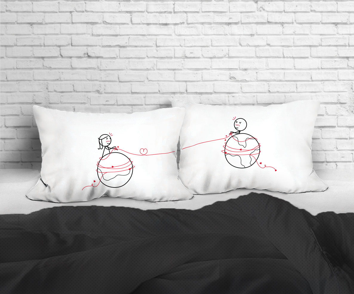 MARS AND VENUS SET/2 PILLOW CASE