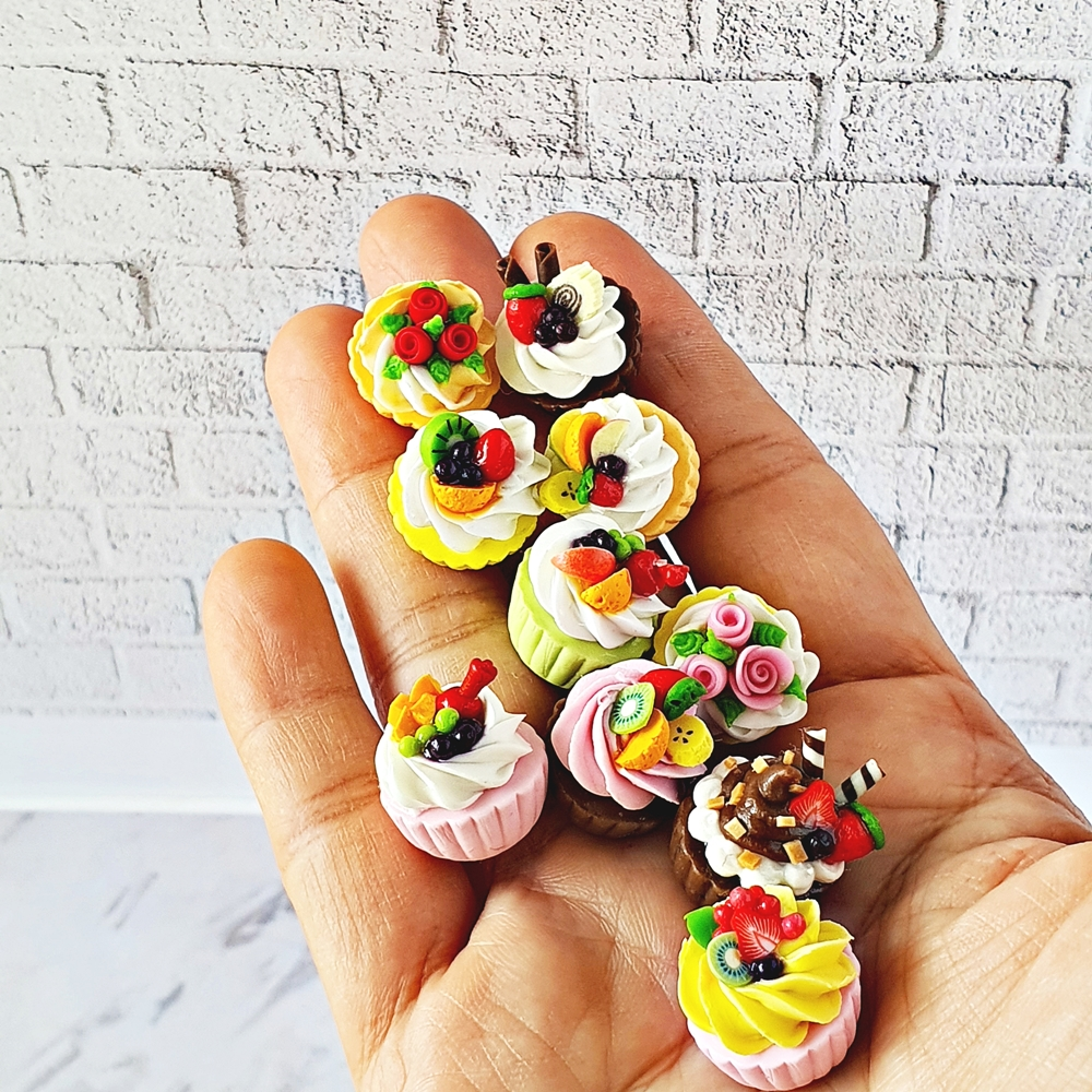 Dollhouse Miniatures Mixed Fruit Cupcake Bakery Pastries Sweet Dessert Barbie Blythe Supply 1:12 Scale Decoration