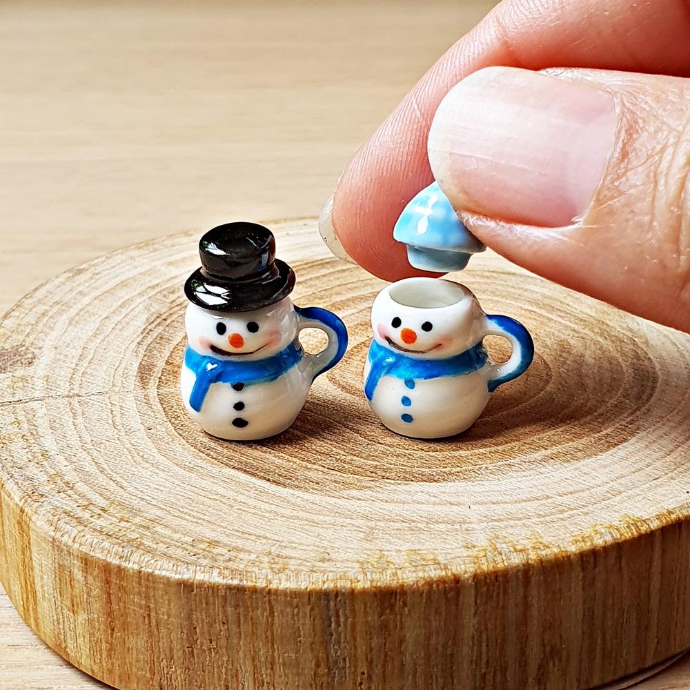 Dollhouse Miniatures Ceramic Snowman Cup Mug Tiny Doll Christmas Gift Figure Toy