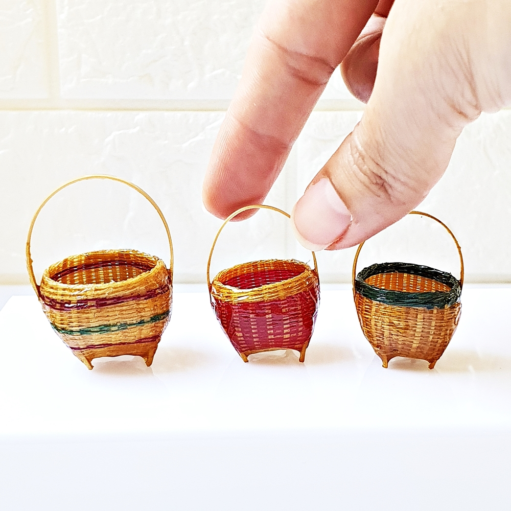 Dollhouse Miniatures Handmade Basket Bamboo Wicker Decoration Mini Tiny Set x3