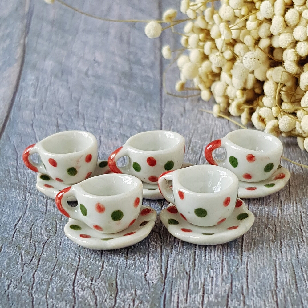 5 Set Mini Tiny Ceramic Spotted Painted Coffee Tea Cups Saucer for Dollhouse Miniature Wholesale Price