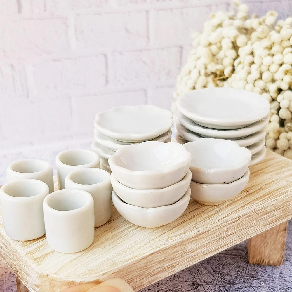 20x Mini White Ceramic Tableware Set Plates Dishes Tea Cups Bowls Dollhouse Miniature Supply