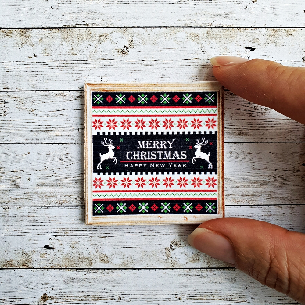 Dollhouse Miniatures Wall Decor Merry Christmas Cross Stitch Picture Dollhouse Wall Decoration 1:12