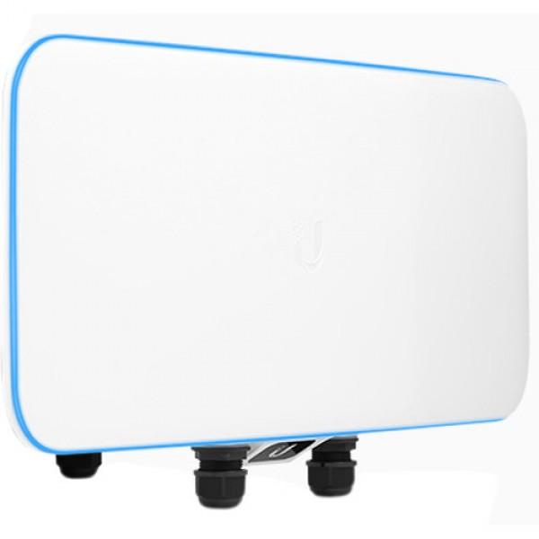 UWB‑XG 802.11AC Wave2 Super-Capacity Indoor/Outdoor Quad-Radio WiFi Basestation