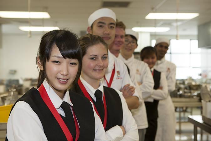 คอร์สดิพโพม่า (Diploma course)
