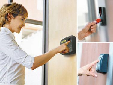ระบบเครื่องทาบบัตร และสแกนนิ้วมือ ลงเวลา หรือ เปิดปิดประตู