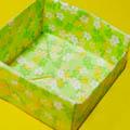 - พับกระดาษ - กล่องใส่ขนมทรงสี่เหลี่ยม