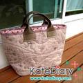 - Quilt - กระเป๋าแบบ Basic Basic จากผ้า Akiko