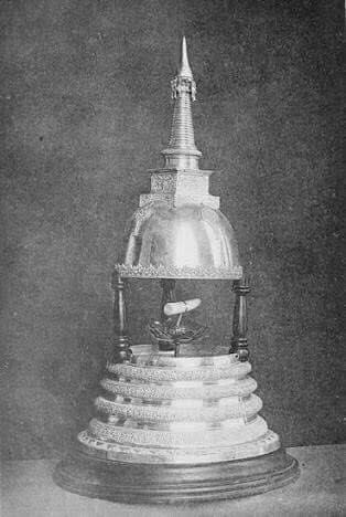ทำบุญ ถวายทองคำ แผ่นคำคาถา หยกเขียวพม่าแด่องค์พระบรมธาตุทันตะเจ้าเขี้ยวแก้ว อันประดิษฐานณเมืองแคนดี้ ประเทศศรีลังกา 3-5กค.'58