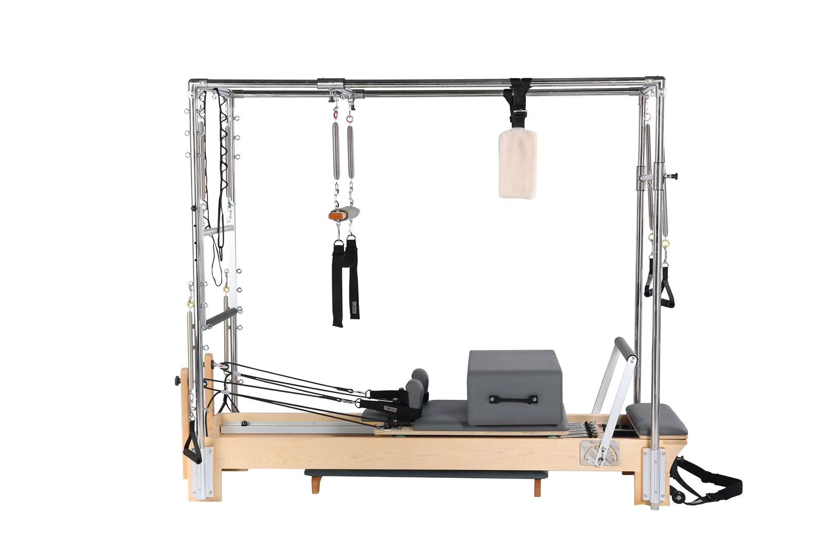 Reformer with full trapeze