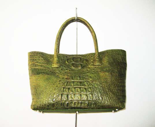 กระเป๋าหนังจระเข้แท้สีเขียว #CRW244H-GR