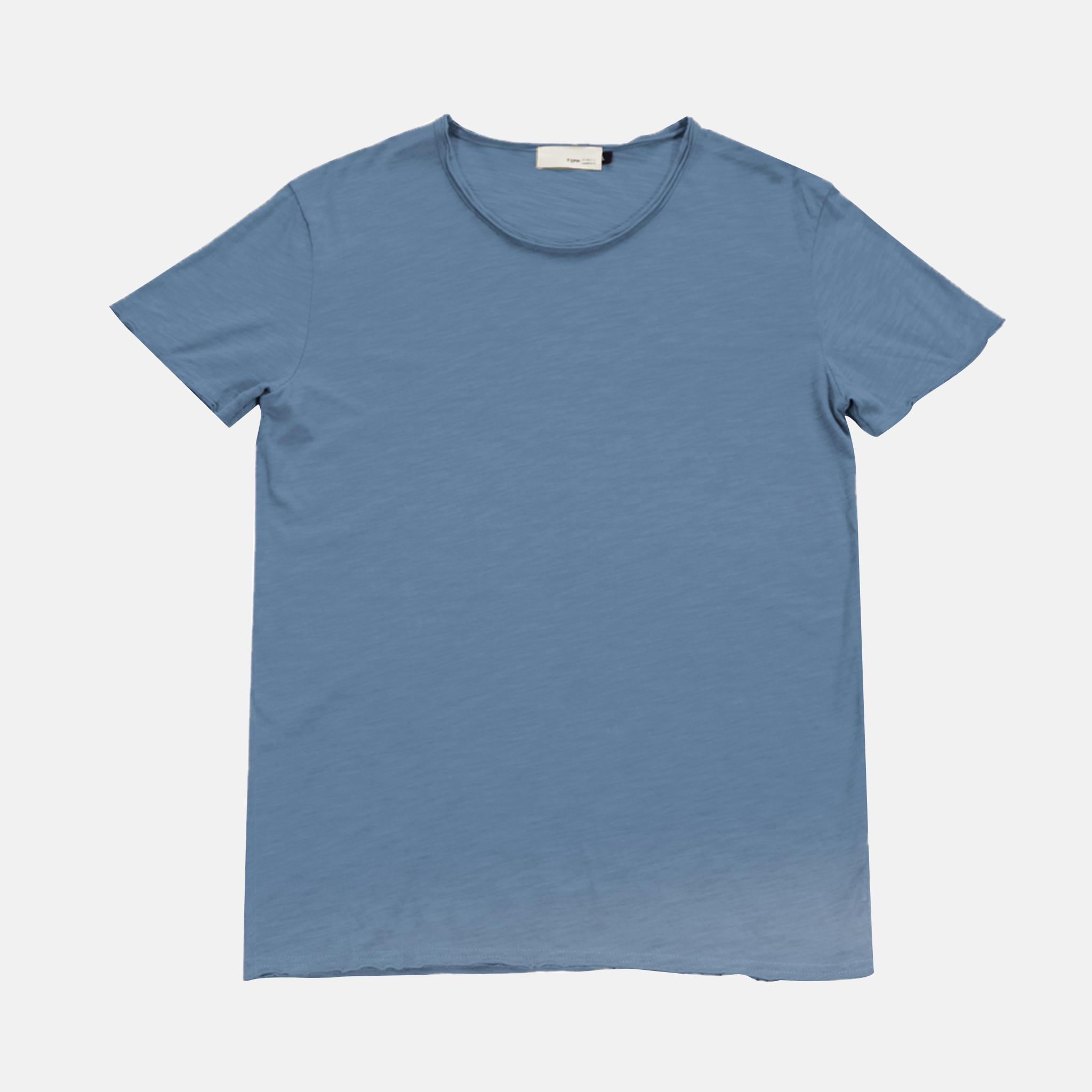 เสื้อยืดคอกลม Artist Tee สีน้ำเงินอ่อน