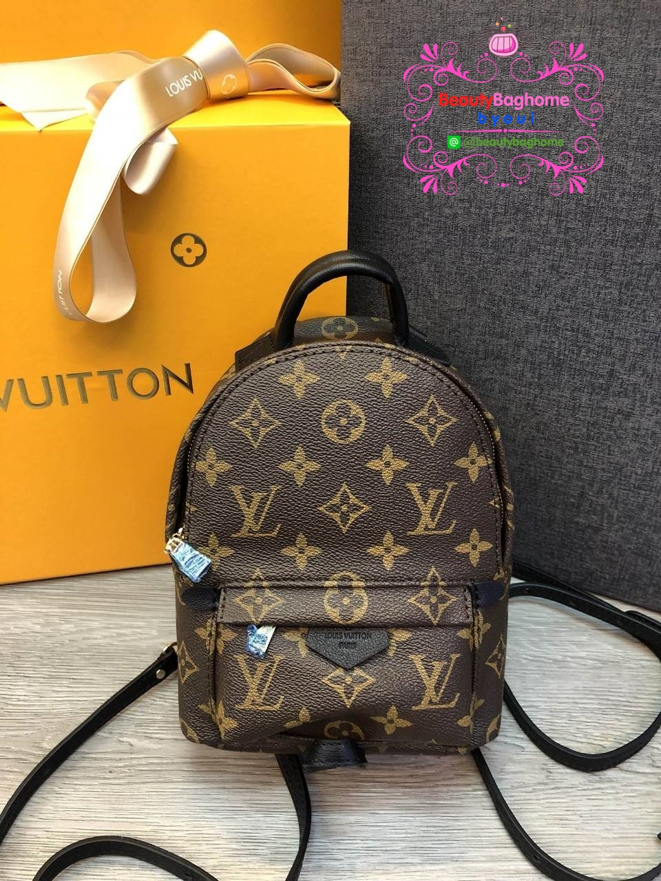 Louis vuitton palm springs backpack mini งานHiend 1:1