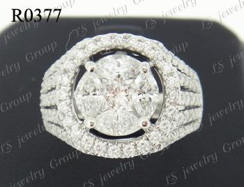 แหวนเพชรประกบเหลี่ยมพิเศษ (ไม่เห็นรอยต่อ)