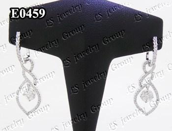 ต่างหูเพชรประกบเหลี่ยมพิเศษ เพชร Heart & Arrow - Russian Cut Finest Diamonds