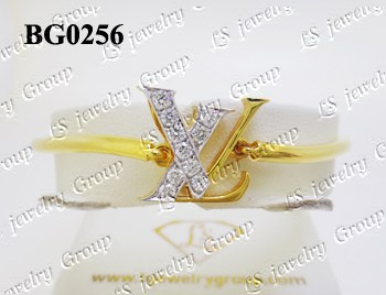 กำไลเพชร (Diamonds Bangle) เพชร Heart & Arrow - Russian Cut Finest Diamonds