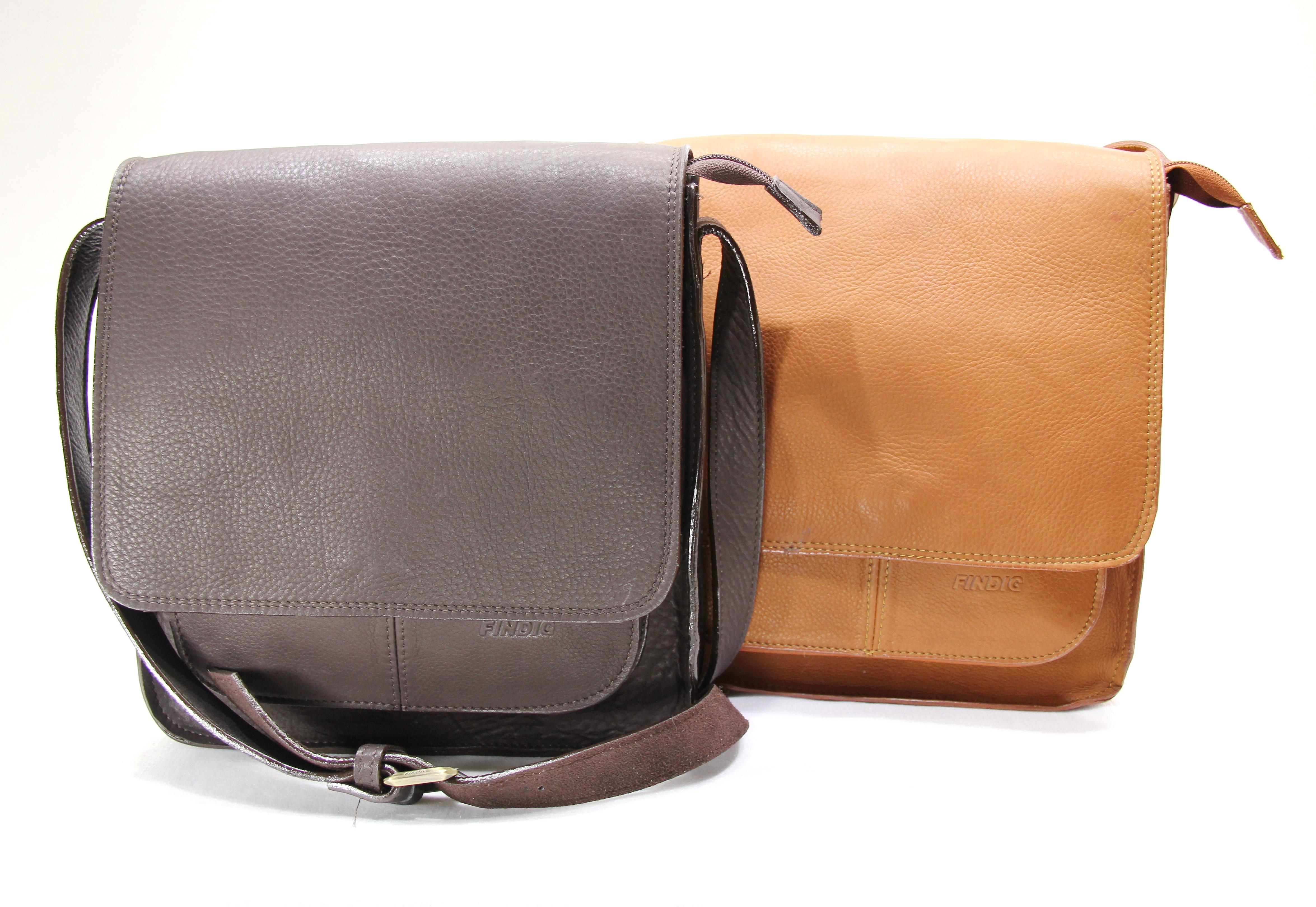 กระเป๋าหนังผู้ชายรุ่น XD493