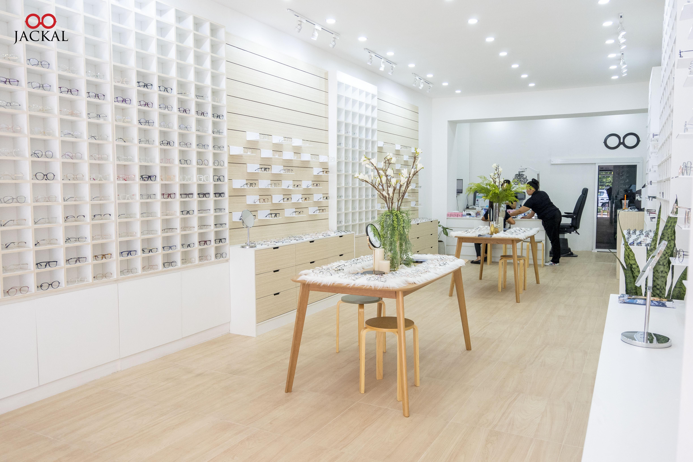 Jackalclub ร้านแว่นตา เชียงใหม่ สาขา หน้ามหาวิทยาลัยเชียงใหม่