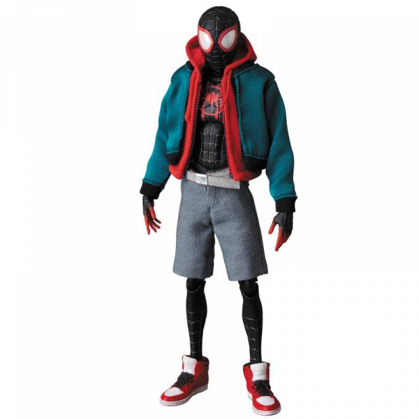 [Price 2,900/Deposit1,500][Please Read All Detail][JUN2020] MAFEX No. 107, SPIDER-MAN INTO THE SPIDER VERS - SPIDER-MAN, MILES MORALES
