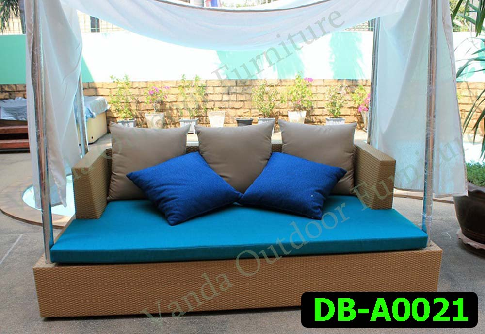 Rattan Daybed Product code DB-A0021