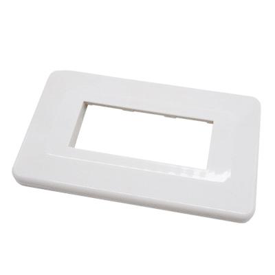 วีน่า ฝาพลาสติก 3 ช่อง (สีขาว) MC0003