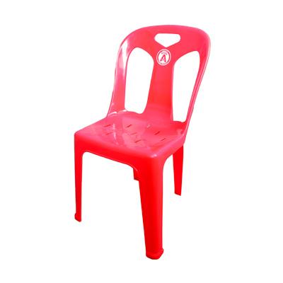 เก้าอี้พลาสติกมีพนักพิง สีแดง No.7002