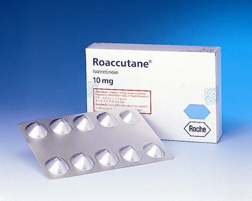 โรแอคคิวเทน Roaccutane คิดให้ดีก่อนใช้
