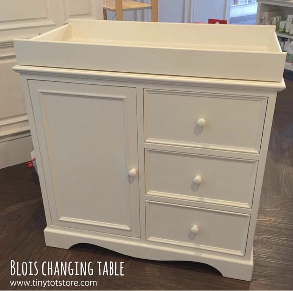 Blois Changing Table