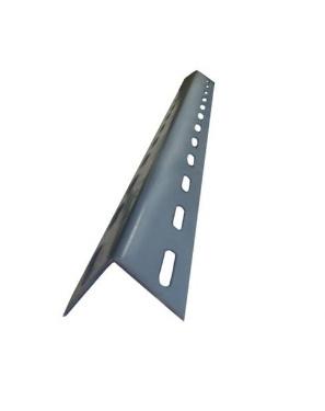 เหล็กฉากเจาะรู ขนาด 1.5นิ้ว x 1.5นิ้ว หนา 1.8มม ความยาวเส้นละ 3เมตร
