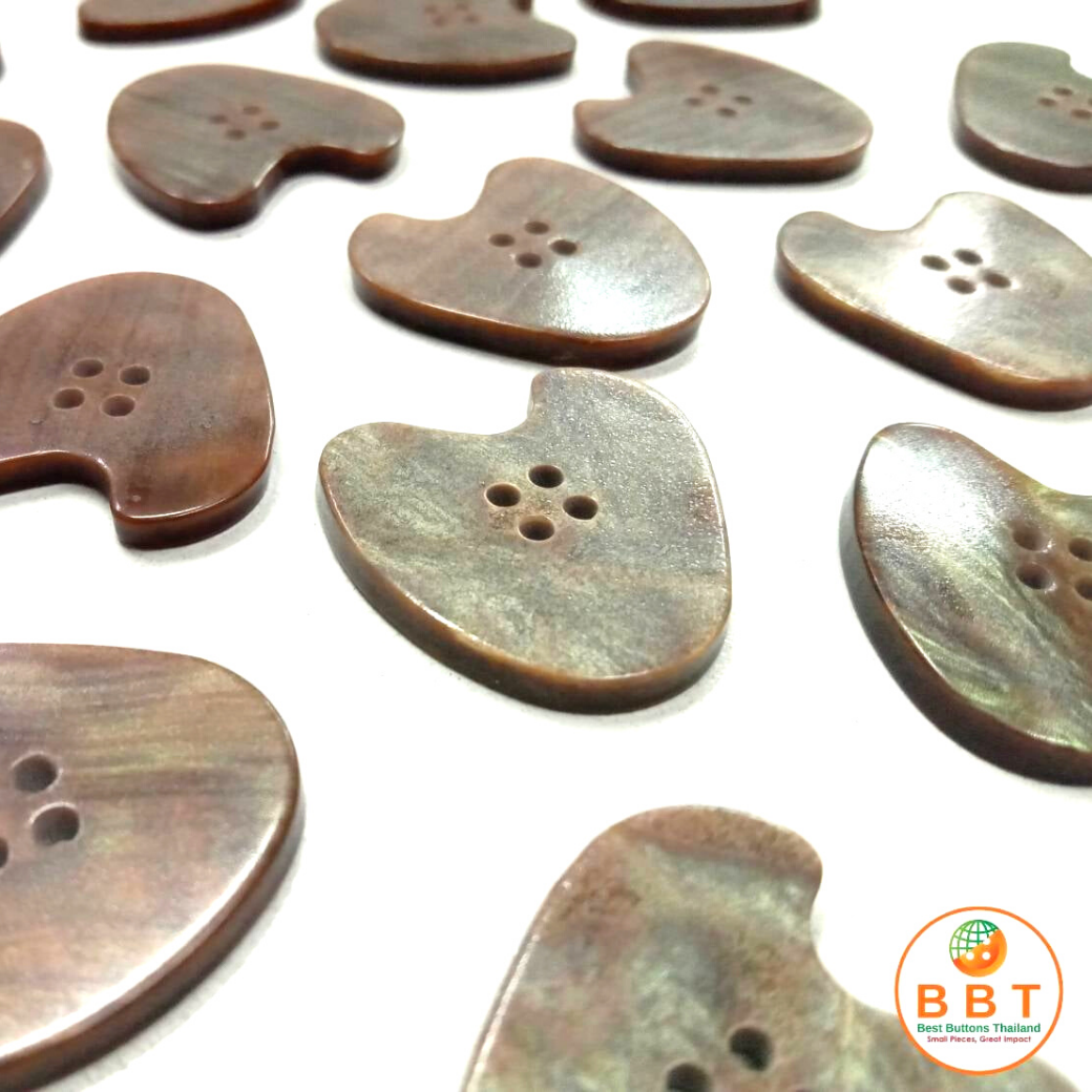 Heart Brown Pearl Buttons 25 mm.