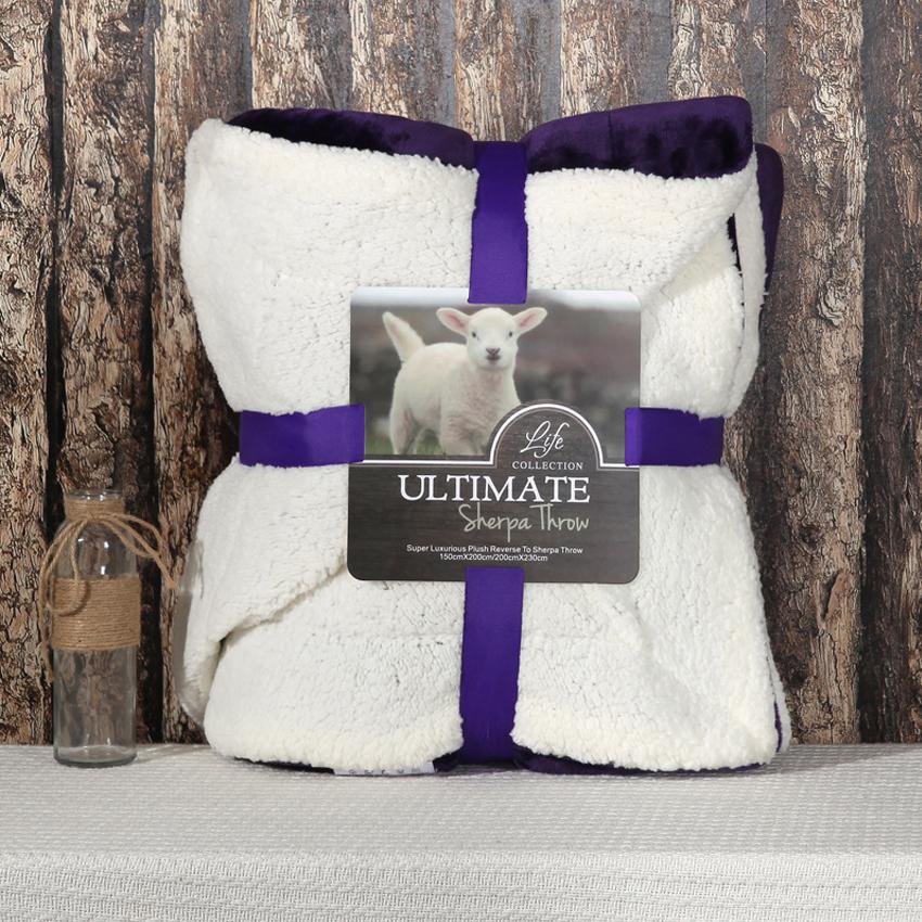 Ultimate Sherpa Throw ผ้าห่มขนแกะ น้ำหนักเบา สีม่วง/ขาว