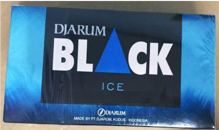 บุหรี่แบล็ค DJARUM BLACK ice หอมหวานเย็นต้อง DJARUM BLACK มวนใหญ่  ( รสชาติ นุ่มๆ เวลาเลียริมฝีปากเเล้วหวาน มันคือต้นตำรับที่เรียกขานกันมานาน ว่า บุหรี่แบล็คเย็น