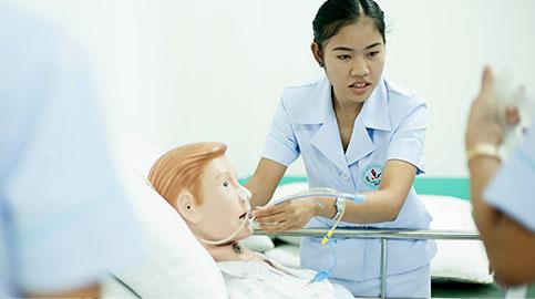 การดูดเสมหะผู้ป่วย