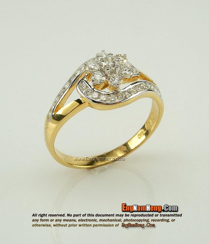 แหวนเพชรแท้ สวย น่าใส่ติดนิ้วค่ะ