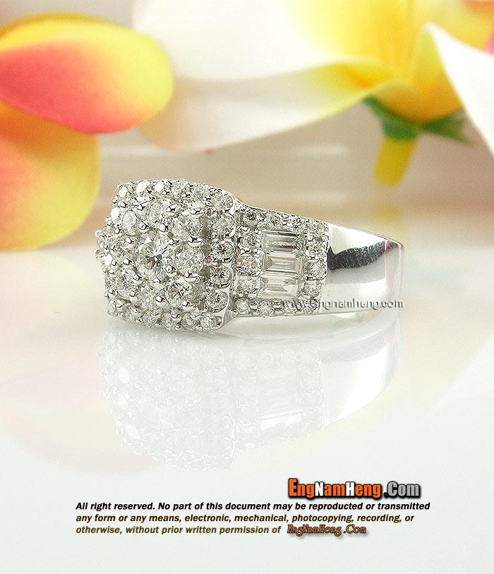 แหวนเพชรแท้ สวยมากๆค่ะ