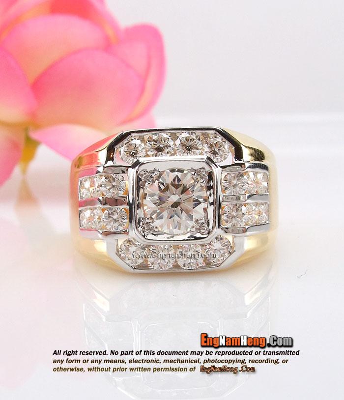 แหวนเพชร แหวนชาย น้ำ98 เพชรสวยมากๆ ค่ะ น้ำหนักเพชรรวม 1.65 กะรัต
