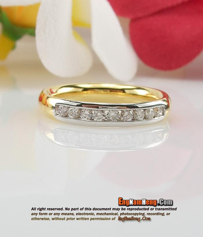 แหวนเพชรแถว น้ำหนักเพชร 0.18 กะรัตค่ะ ตัวเรือนทองหนาๆ จร้า