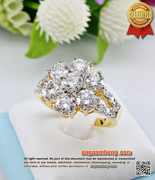 แหวนเพชรล้อมเพชร 2.19 กะรัต เพชรน้ำ98 F-Color/VVS ใส่ติดนิ้วสวยวิ้งๆโดดเด่นค่ะ