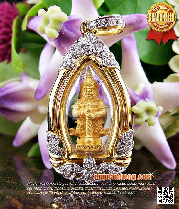 ท้าวเวสสุวัณ เนื้อทองคำ หลวงพ่อฟู แซยิด88ปี เลี่ยมกรอบทองคำฝังเพชรแท้เบลเยี่ยม องค์ทองคำสร้างน้อยหายากค่ะ