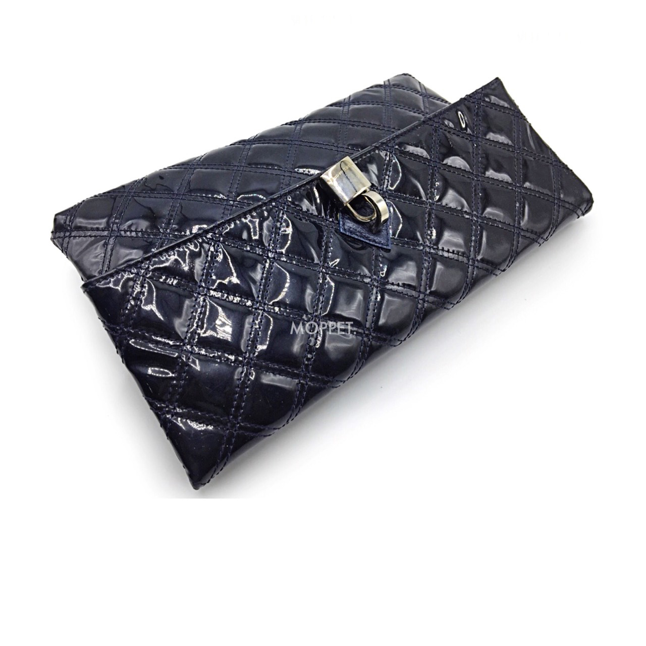 Used Marc By Marc Jacobs Clutch in Navy Patent SHW