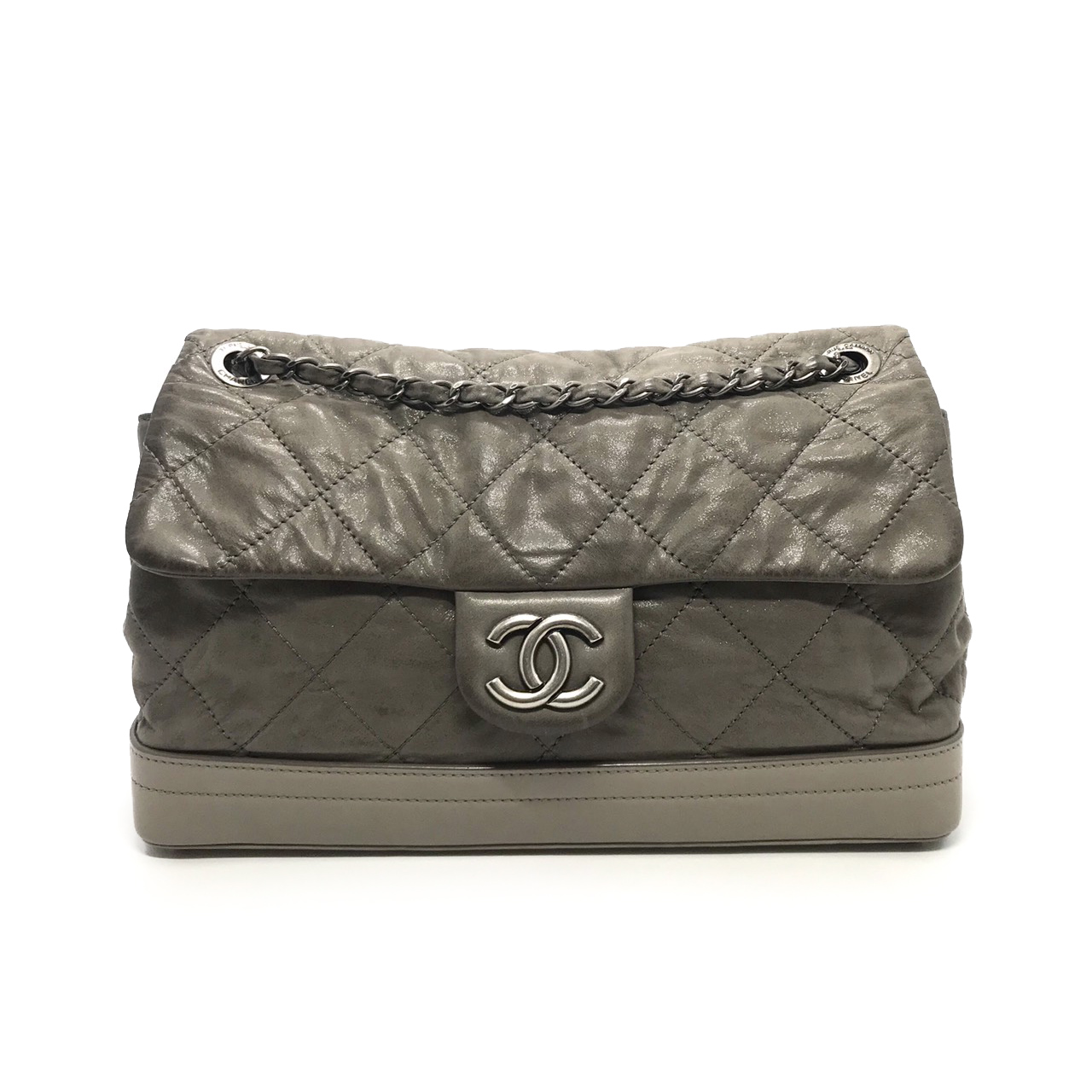 """Used Chanel Flap Bag 11.5"""" in Grey Leather RHW"""