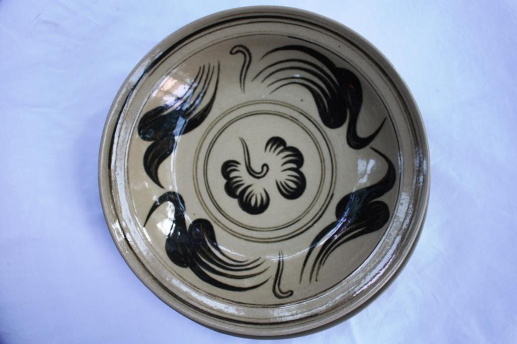 "Ceramic Plate 9"" - Wiang Galong (Black Flower)"
