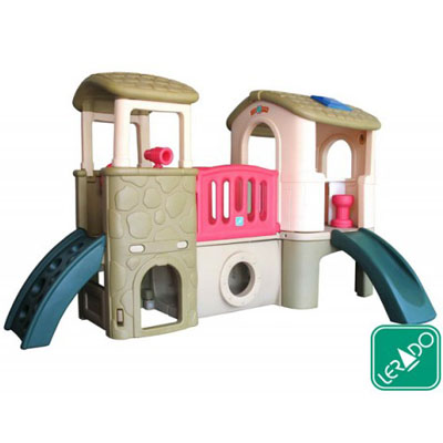 Deluxe Playing Center (Classic)
