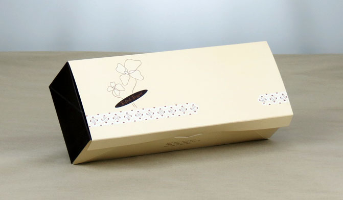 W-012A Cake Box 24.8x9.3x6.3 cm