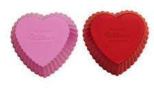 415-9409 Wilton HEART SILICONE BAKING CUP 12CT