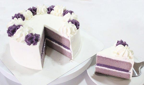 เค้กเผือก / เค้กสีม่วง  (Taro Cake) / (Purple Cake)